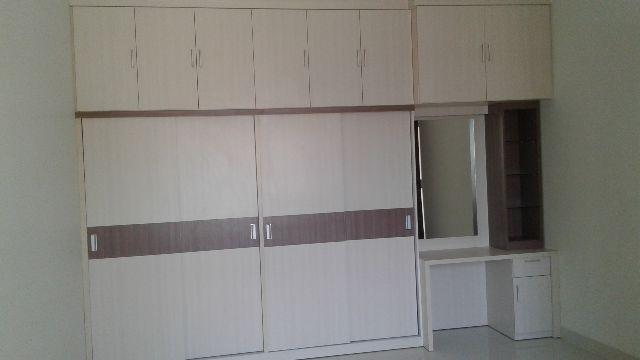 Merancang-Walk-in-Closet